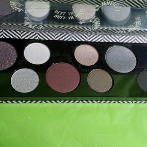 MAC Cosmetics Makeup - Mac BASIC BITCH eyeshadow palette.